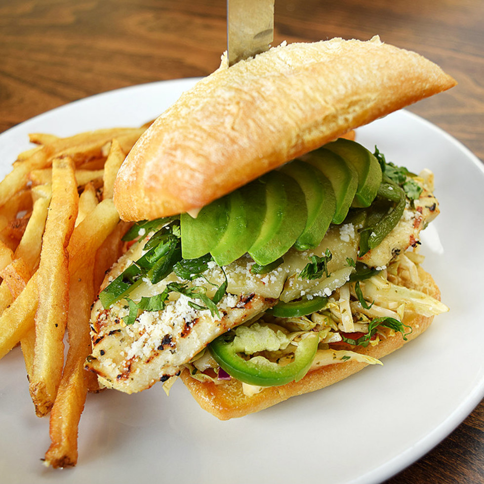 Green chili chicken sandwich