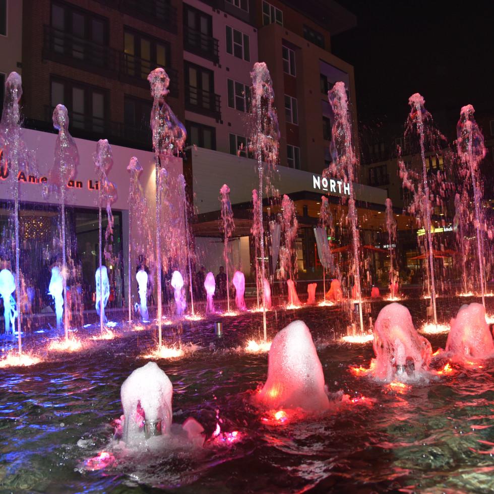 Legacy West fountain show