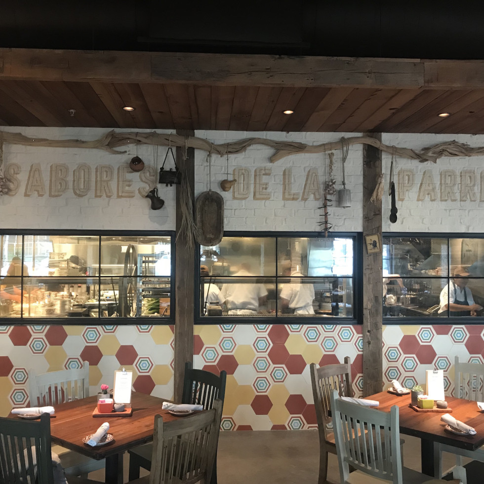 Goode Company Kitchen & Cantina Spring Branch dining room
