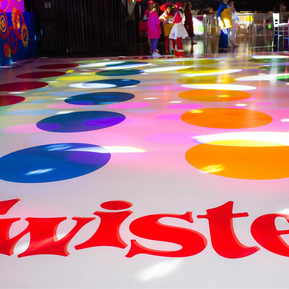 Twister dance floor