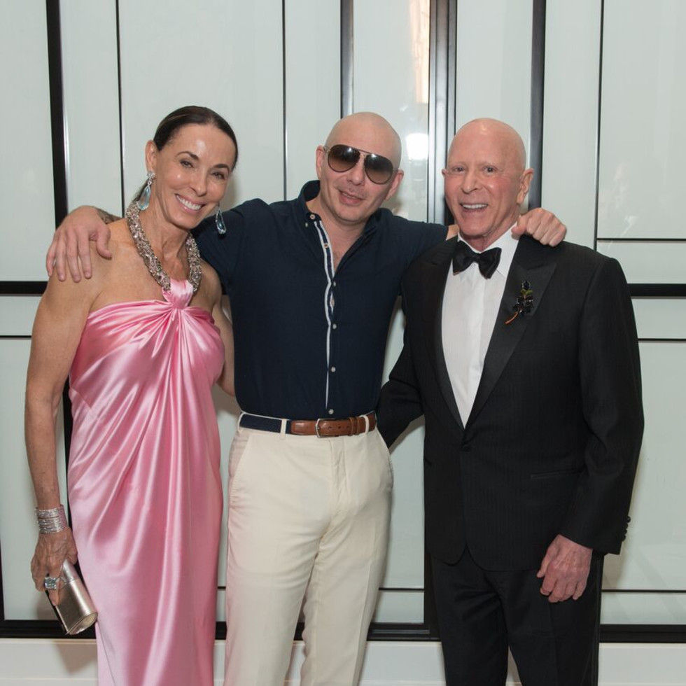 Sue Smith, Pitbull, and Lester Smith