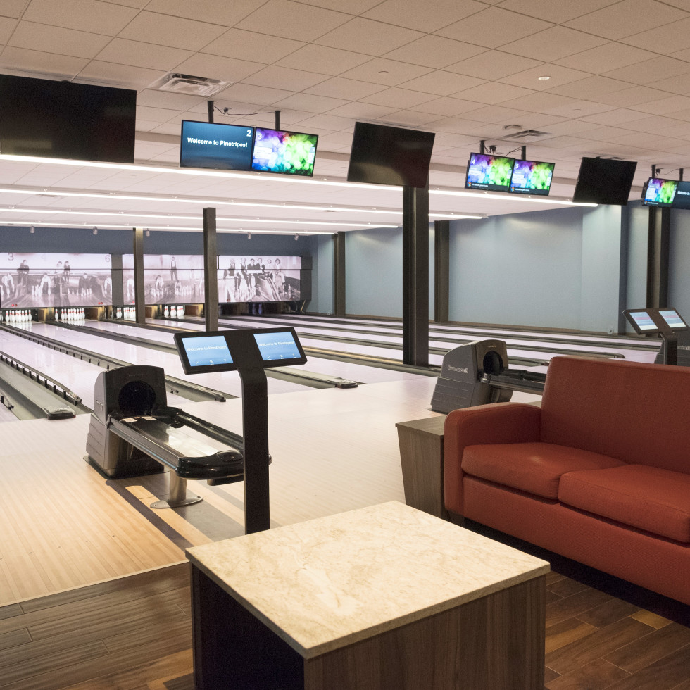 Pinstripes Fort Worth Bowling Lanes