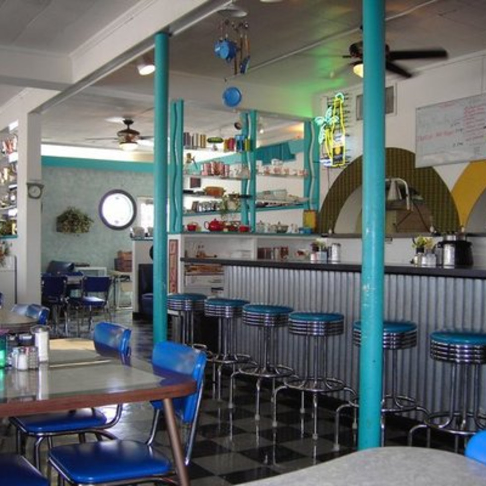 Austin Photo: Places_food_austin diner interior