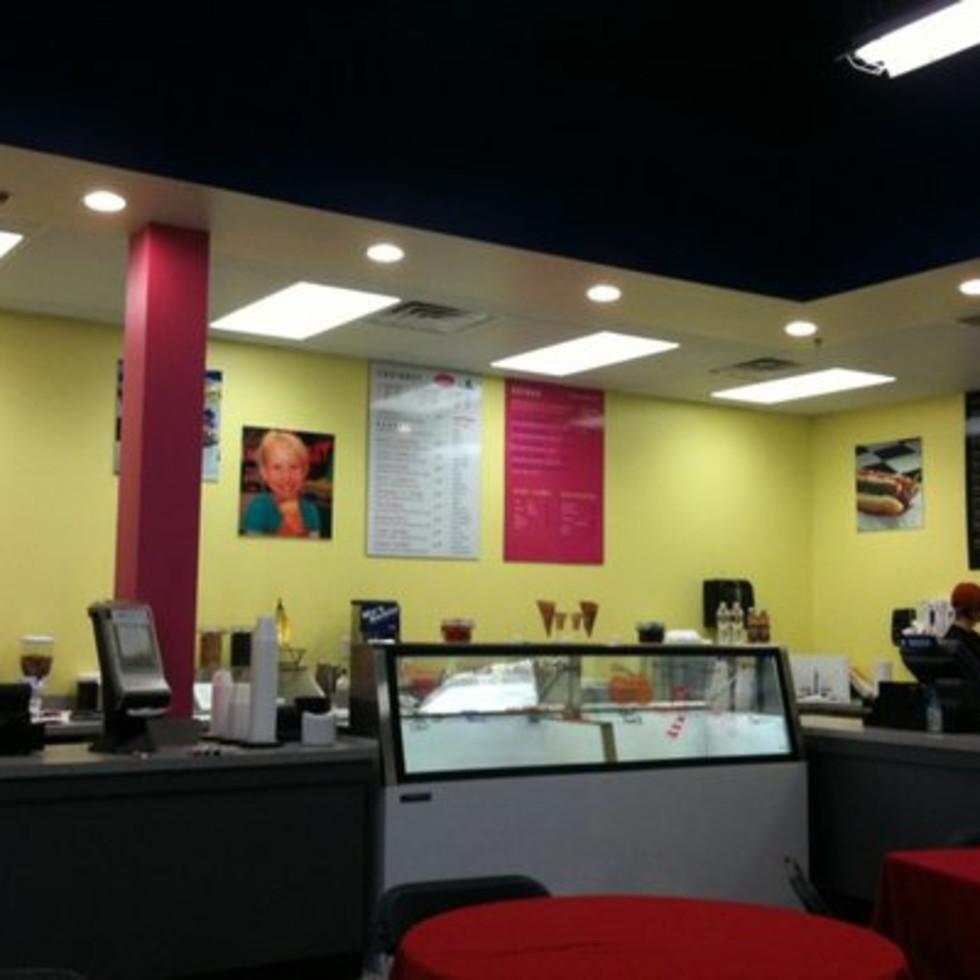 Austin Photo: Places_Food_wild_about_harrys_interior