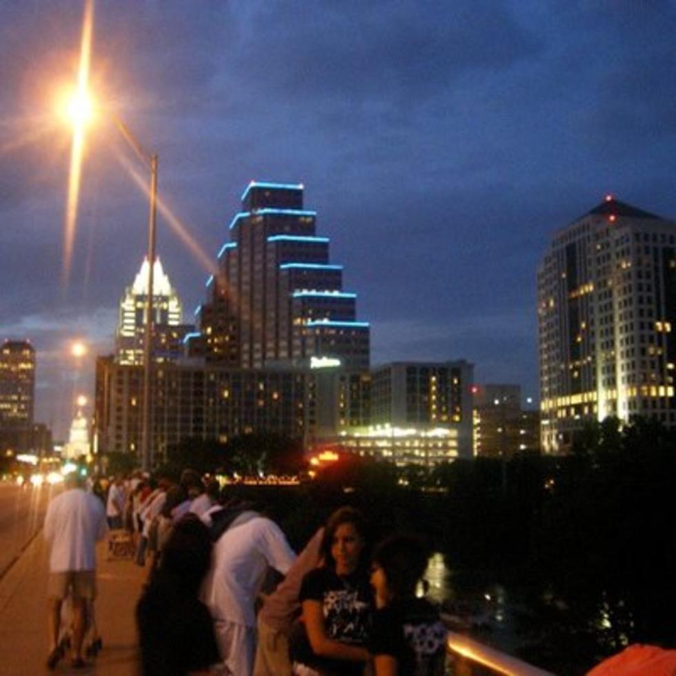 Austin Photo: Places_unique_austin_congress_avenue_bat_bridge_bridge