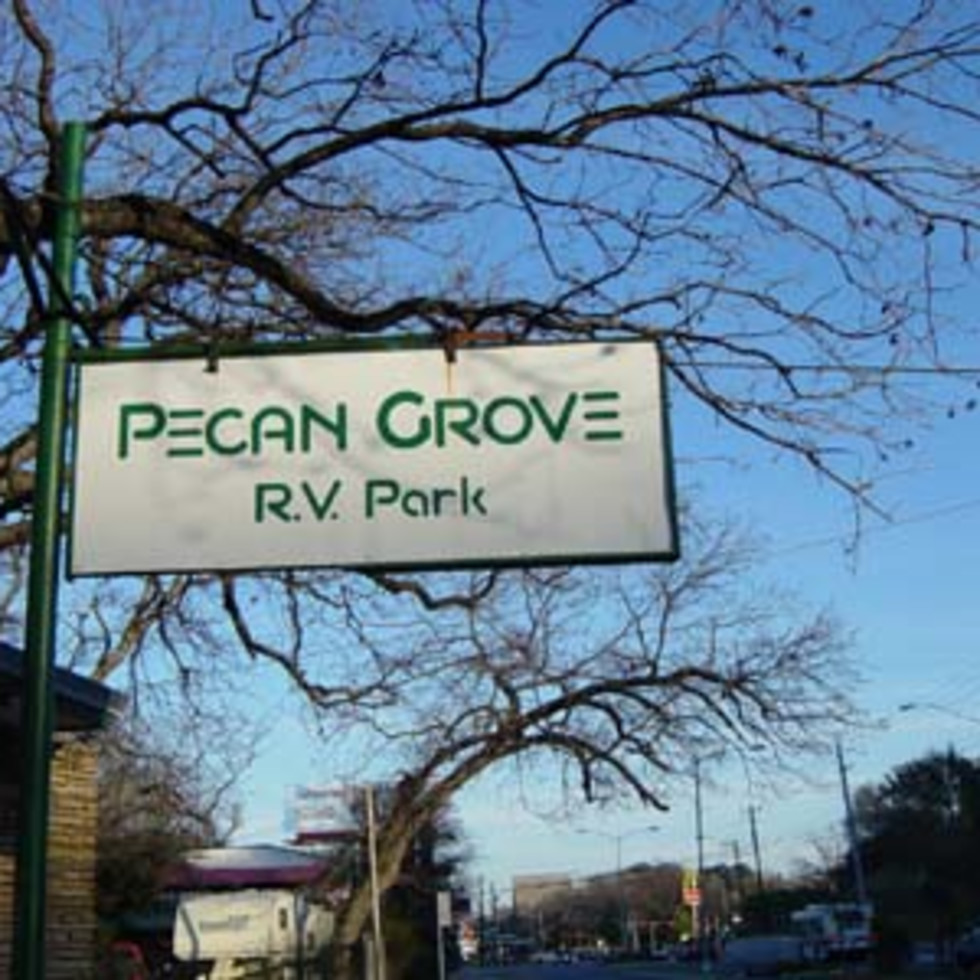 Austin_photo: places_outdoors_pecan grove rv park_sign