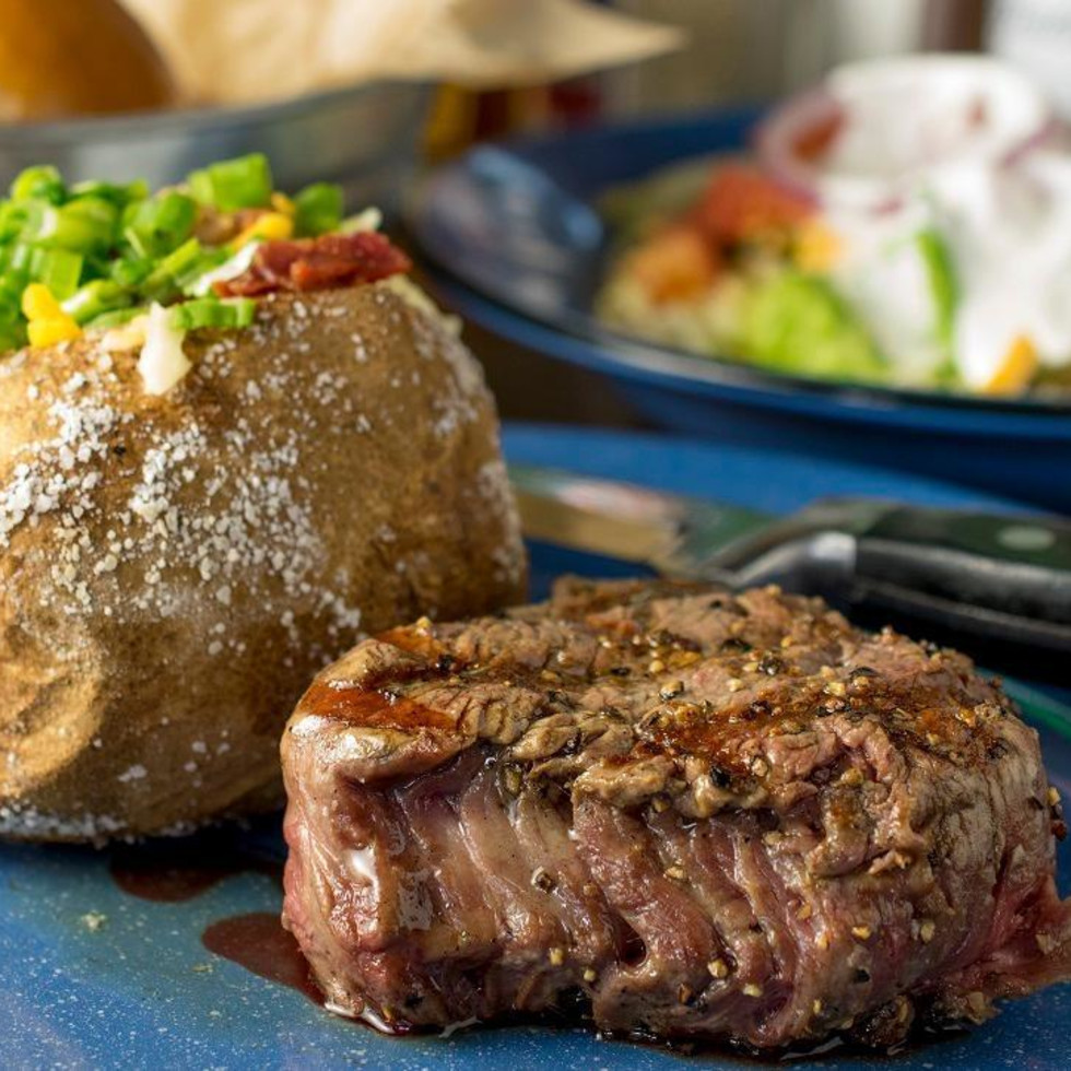 Austin_photo: places_food_hoffbrau_interior