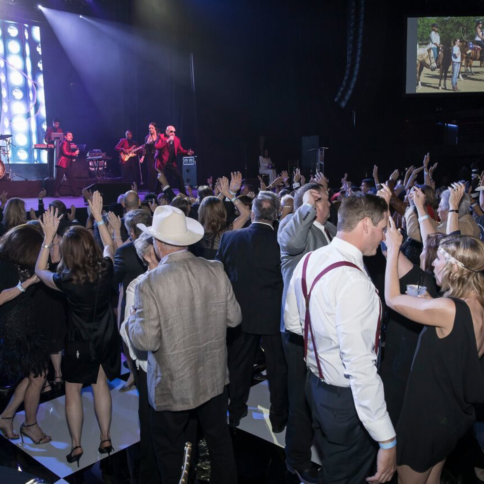 Equest After Dark Gala 2018, Dancing to Emerald City Band