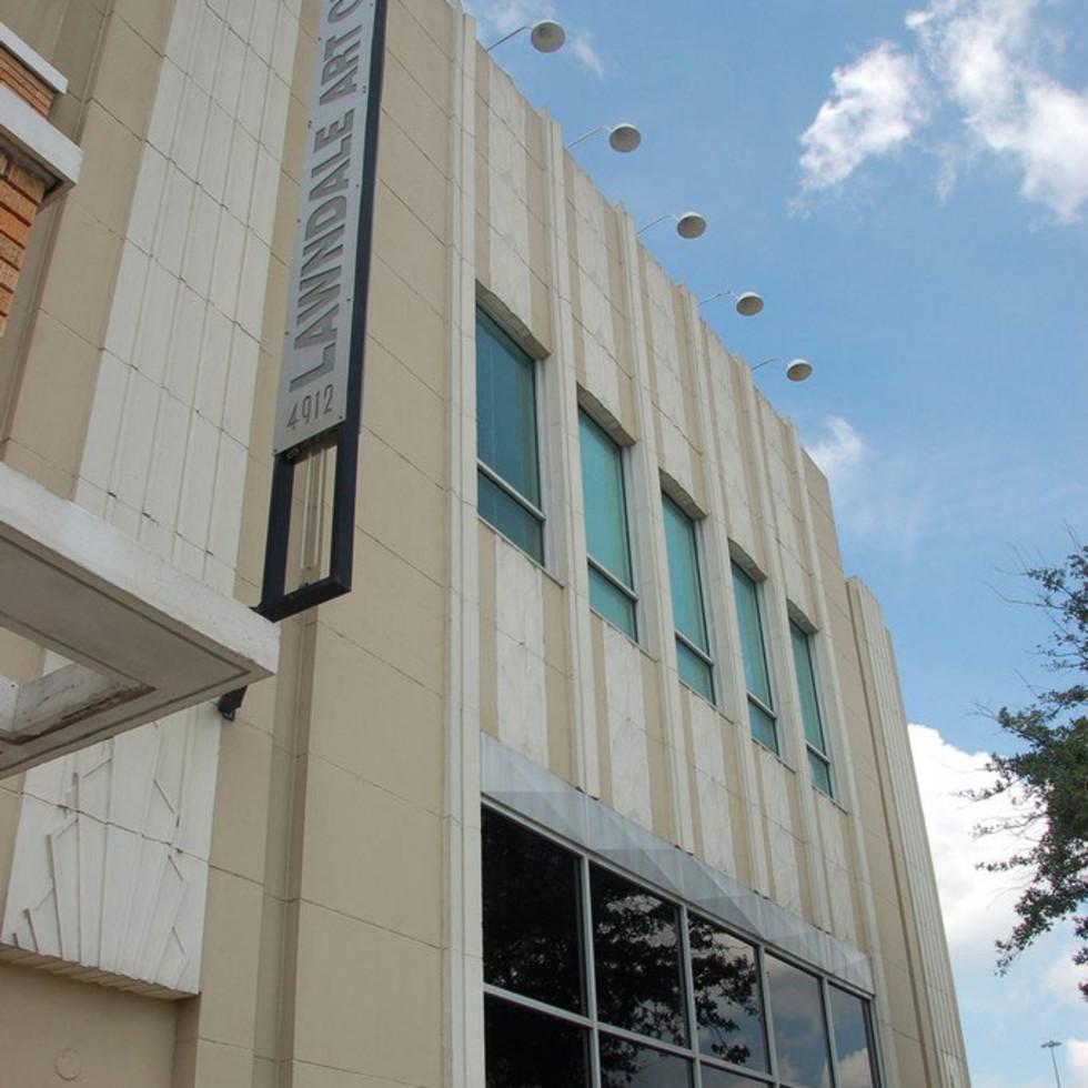 Places-A&E-Lawndale Art Center-exterior-1