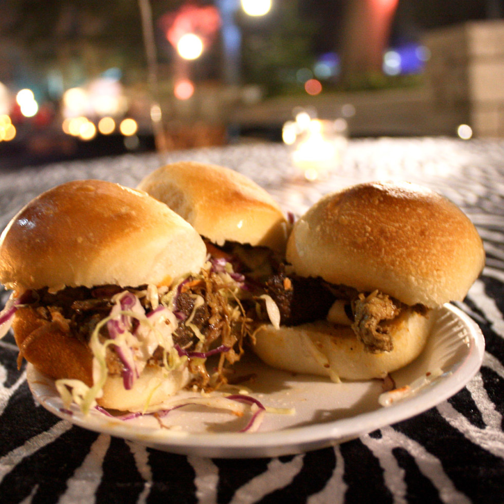 Places_Food_Little Bigs_pulled pork sliders