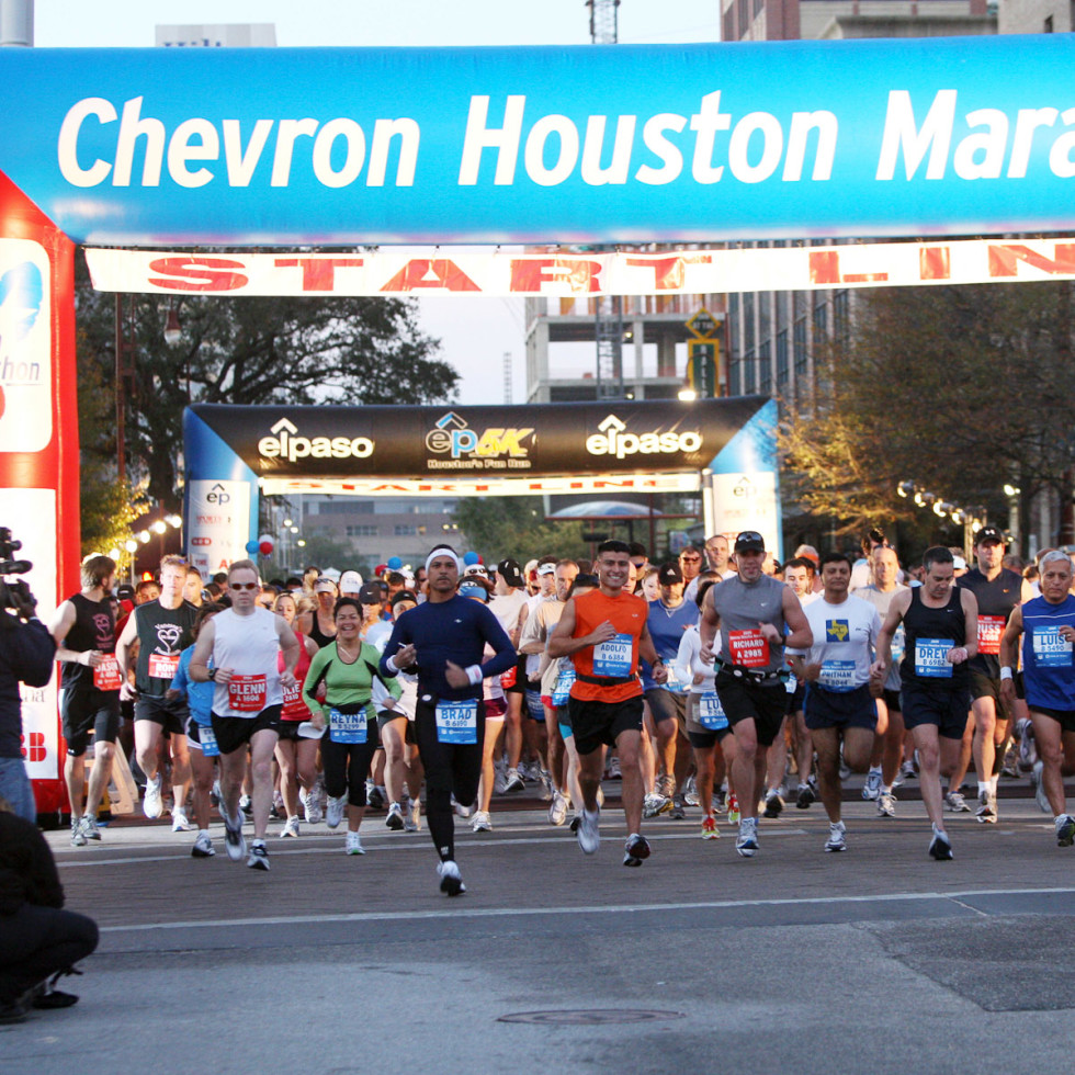News_Steve Popp_Houston Marathon 2010_history_Chevron Houston Marathon 2010_Start Line