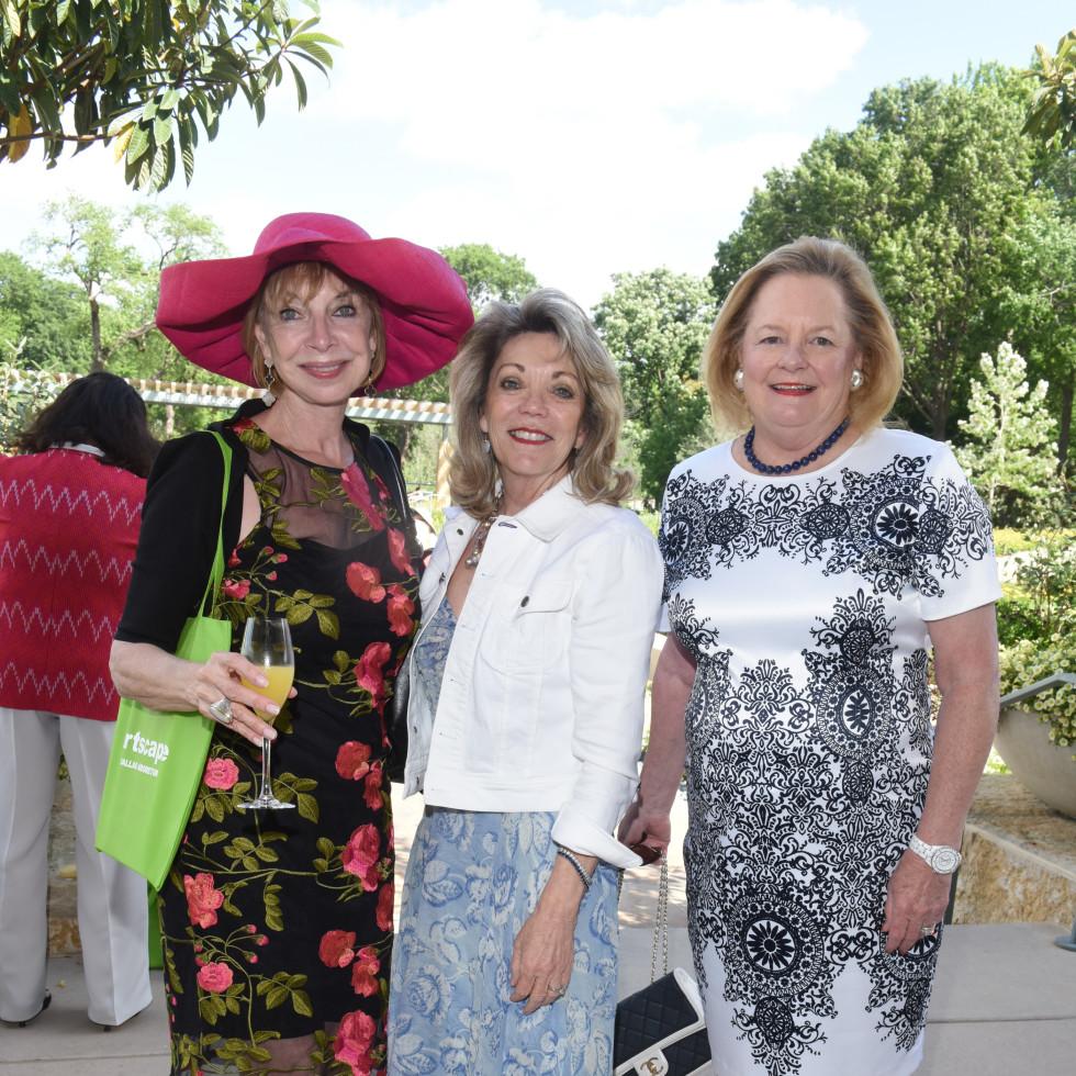 Cindy Kypreos, Cindy Feld, Marilyn Weber