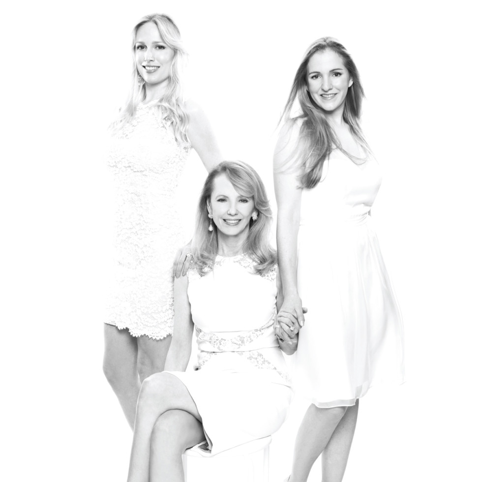 Fashion genes mother daughter April 2014  Lori Krohn, from left, Susan Krohn and Kelly Krohn