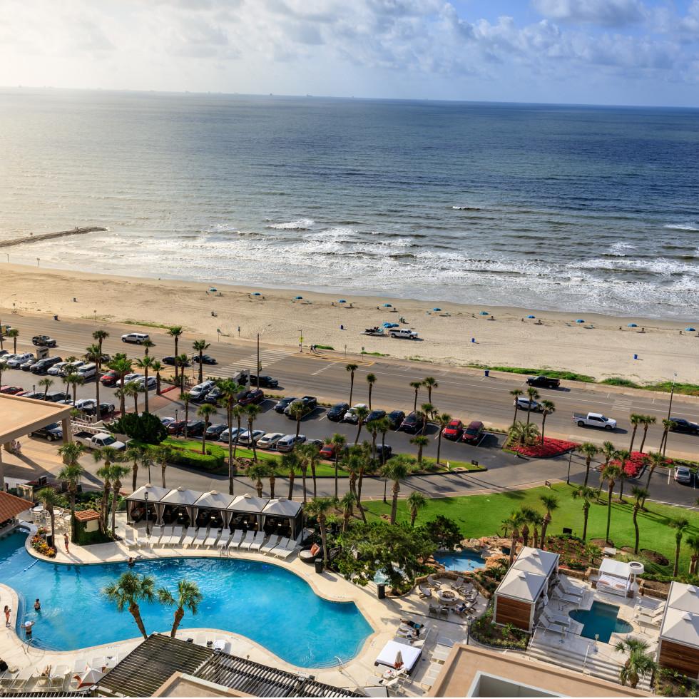 San Luis Resort pool and beach