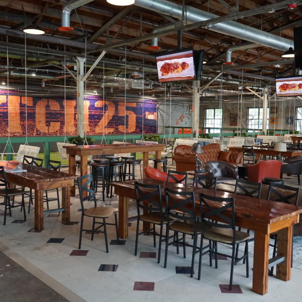 Pitch 25 interior