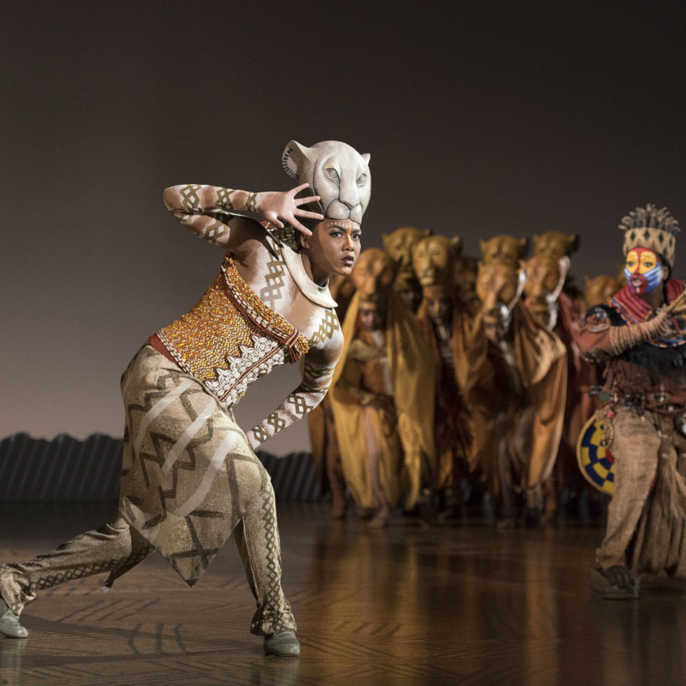 Nia Holloway and cast of The Lion King tour