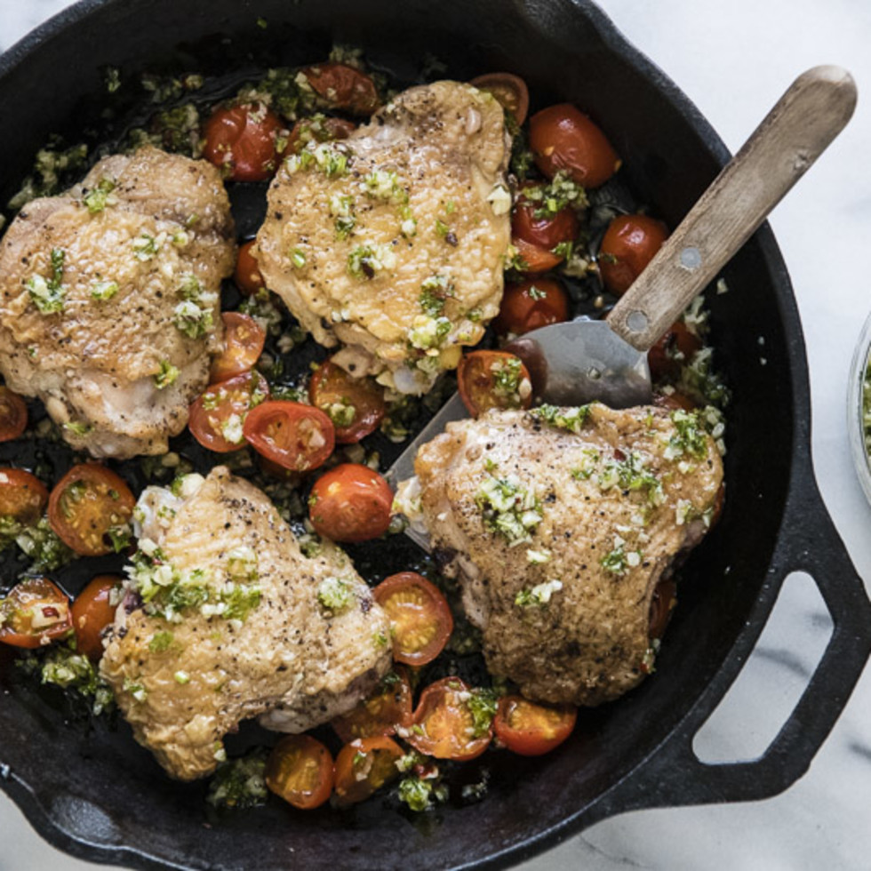 Farmhouse Delivery Texas tomato chicken roasting skillet