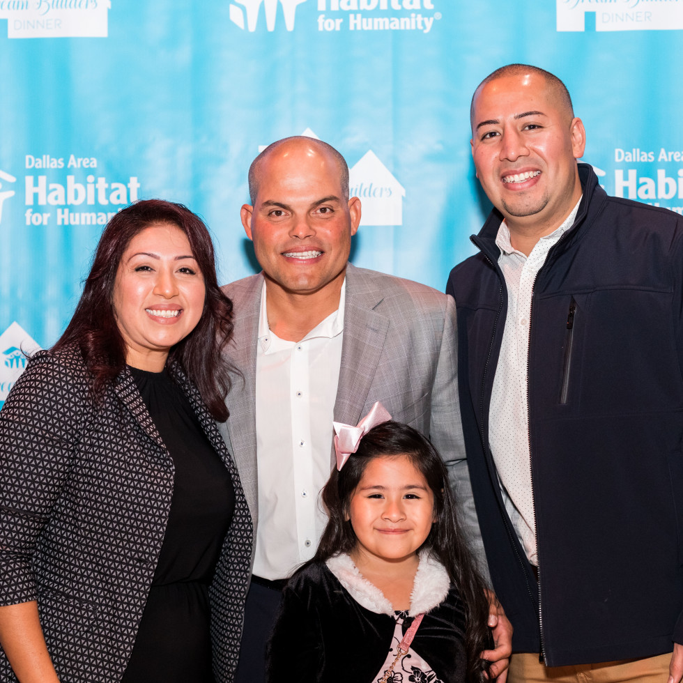 Pudge Rodriguez and a Habitat Heroes family