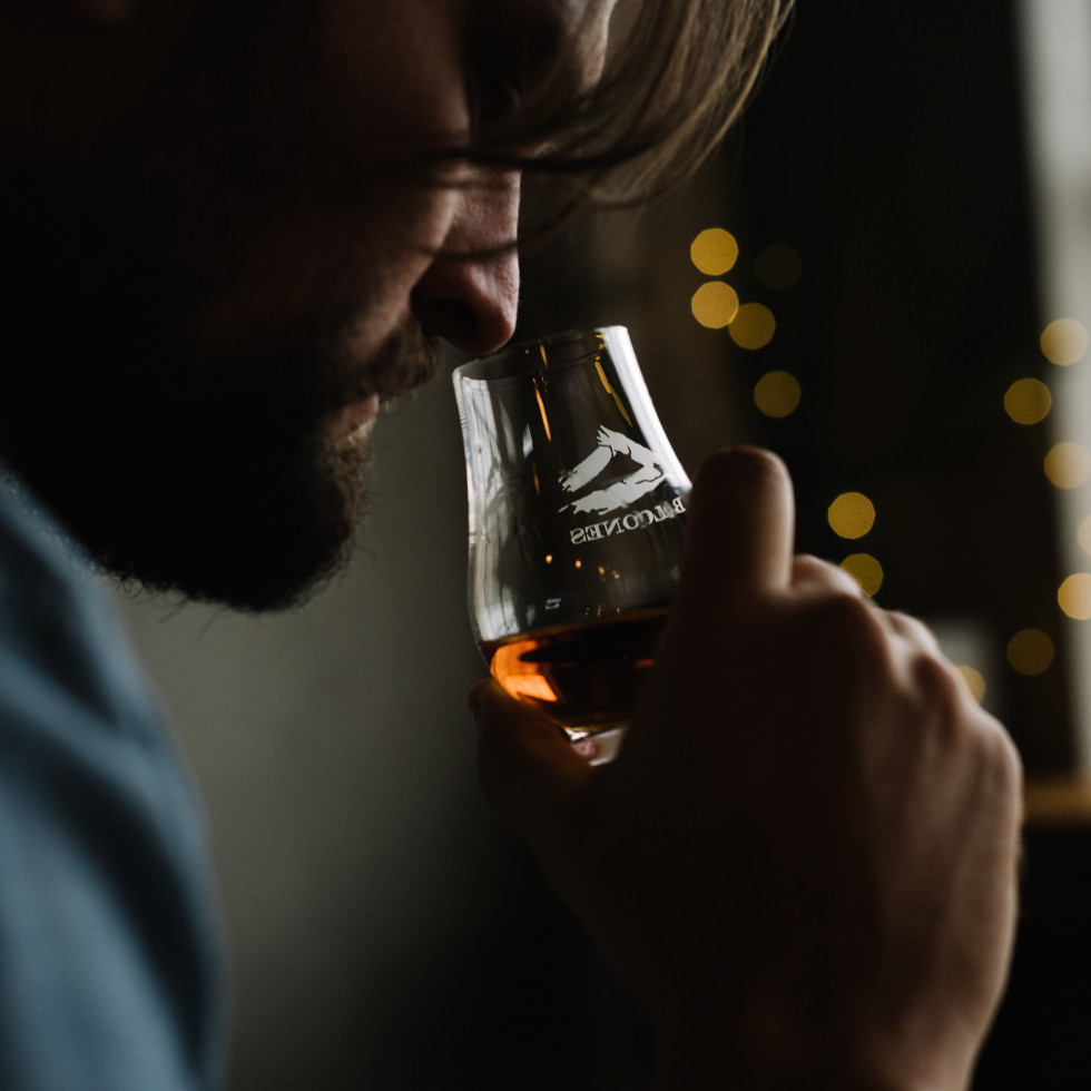 Smelling whiskey