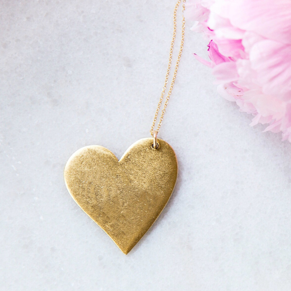 Golden Thread gold heart necklace