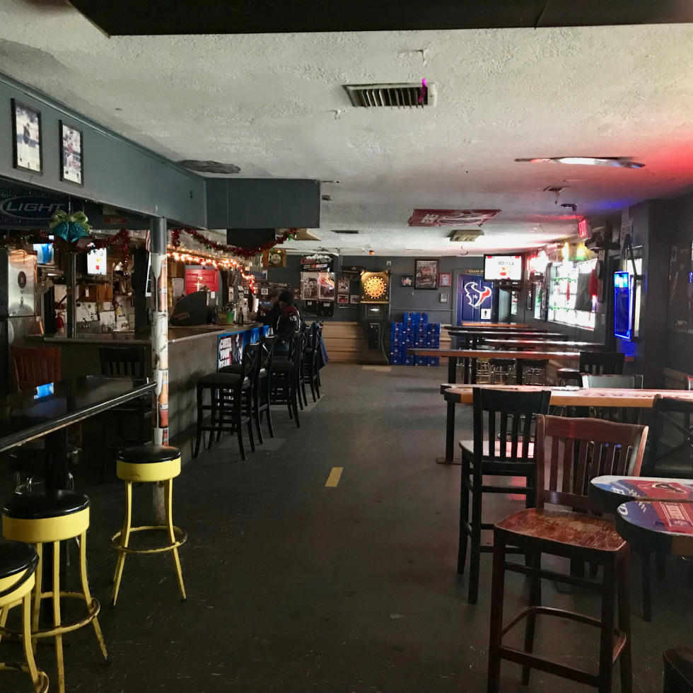 Vara's sports bar interior