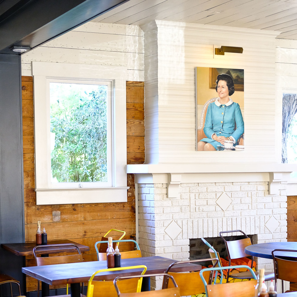 Bar Peached fireplace