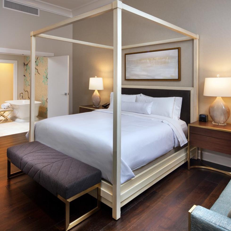 Westin Oaks Houston Heavenly Suite master bedroom