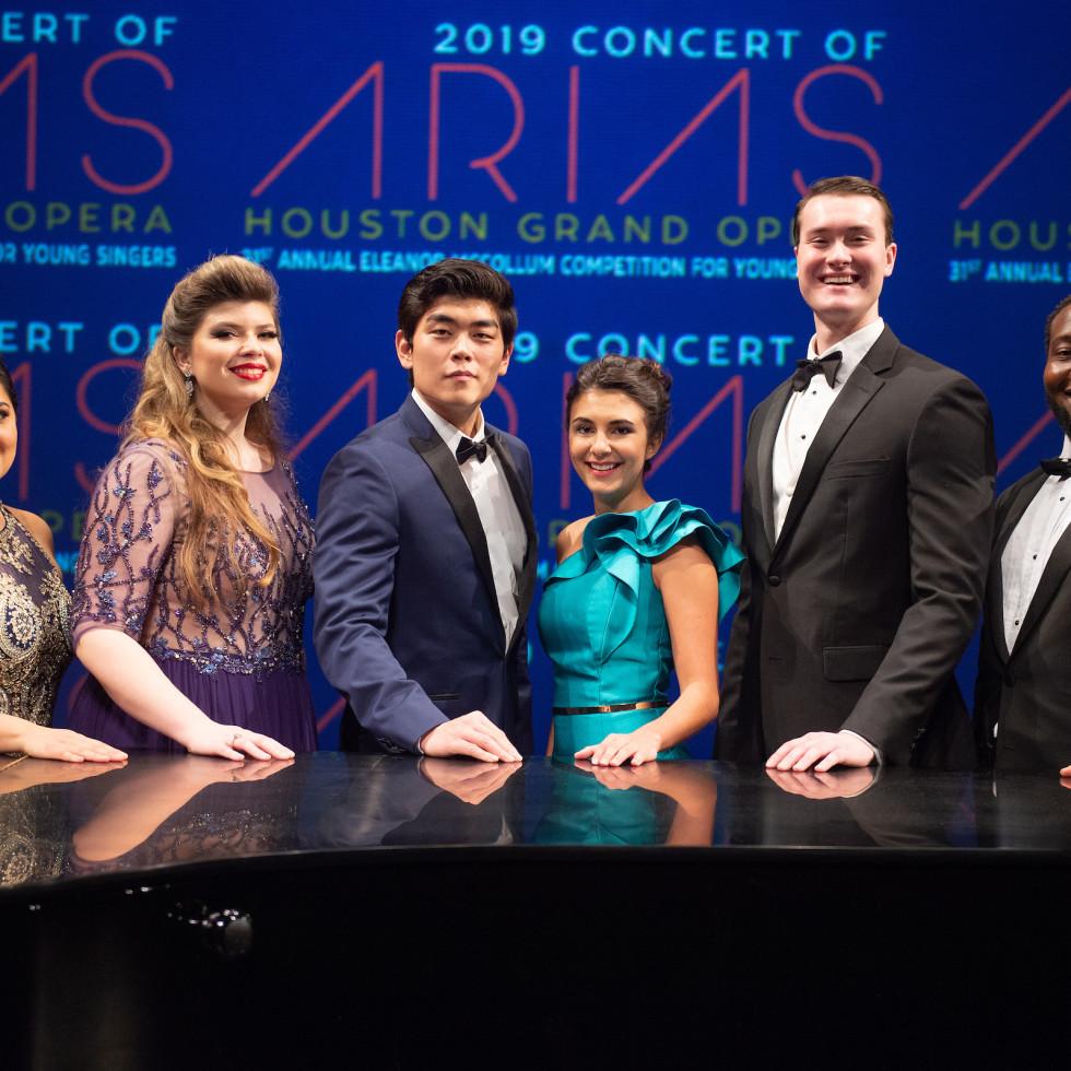 Concert of Arias: Yunuet Laguna, Katherine DeYoung, William Guanbo Su, Elena Villalón, William Meinert, Nicholas Newton