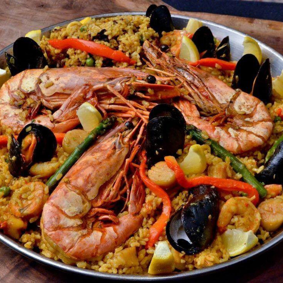 La Bodega Gourmet Austin paella