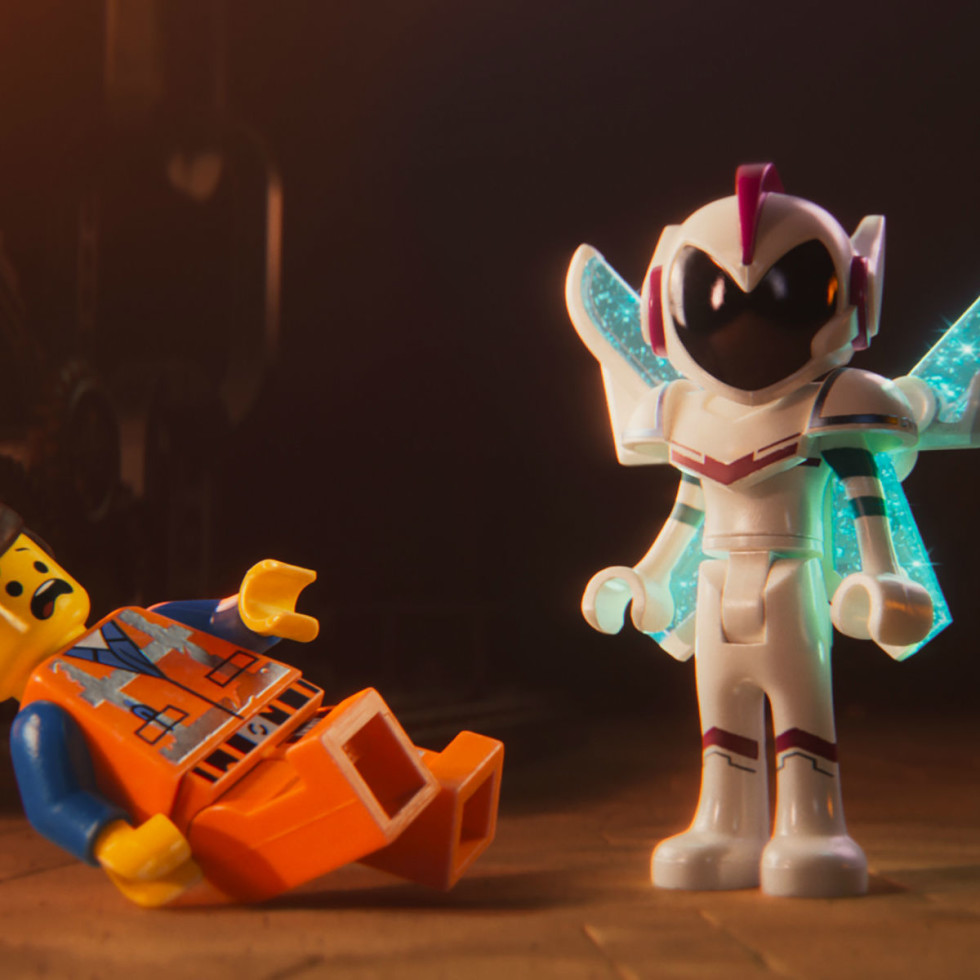 Emmet (Chris Pratt) and General Mayhem (Stephanie Beatriz) in The LEGO Movie 2: The Second Part.