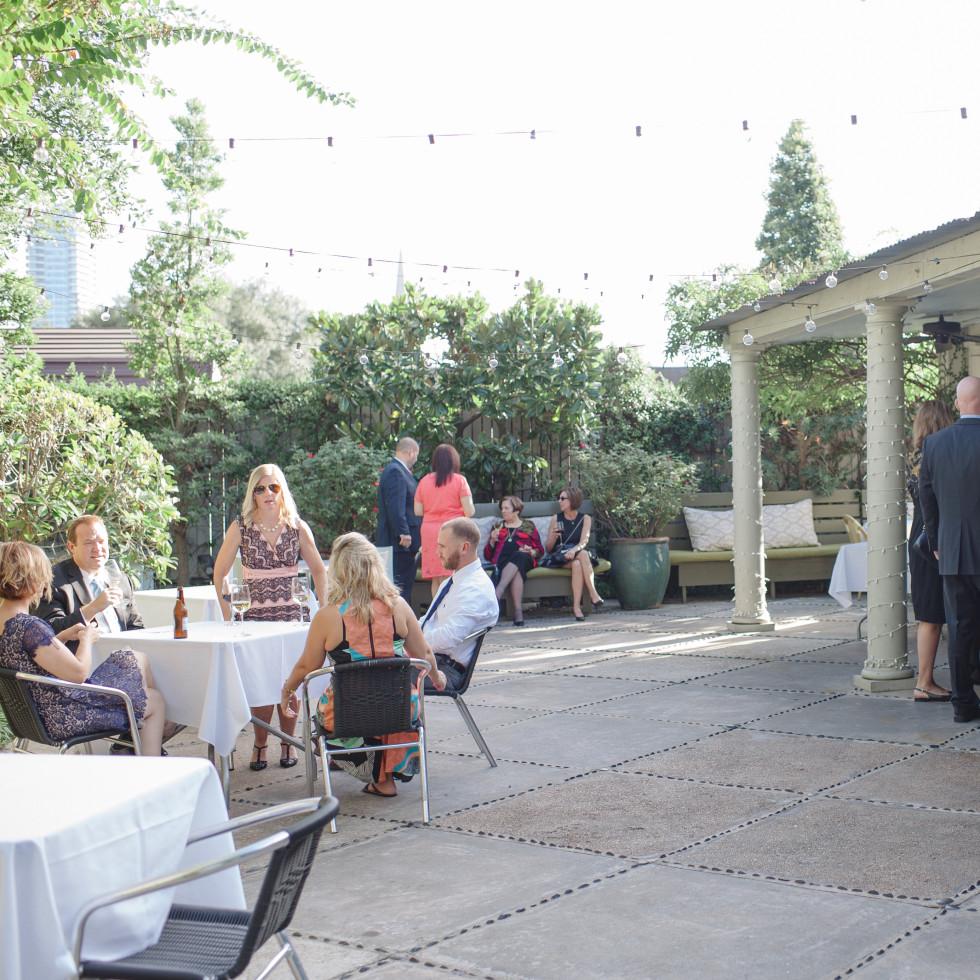 Ouisie's Table patio