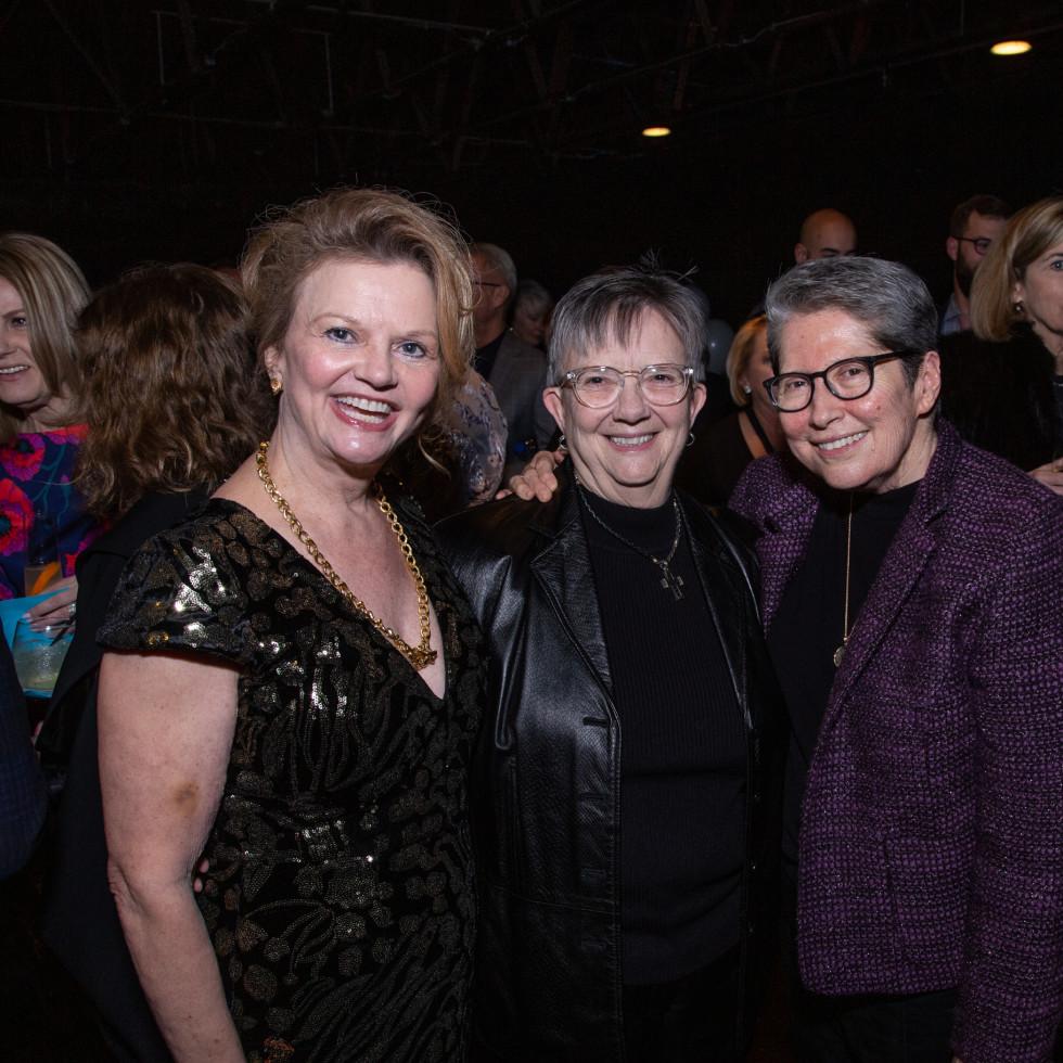 Ginger Sager, Karen King, Diana Benitez