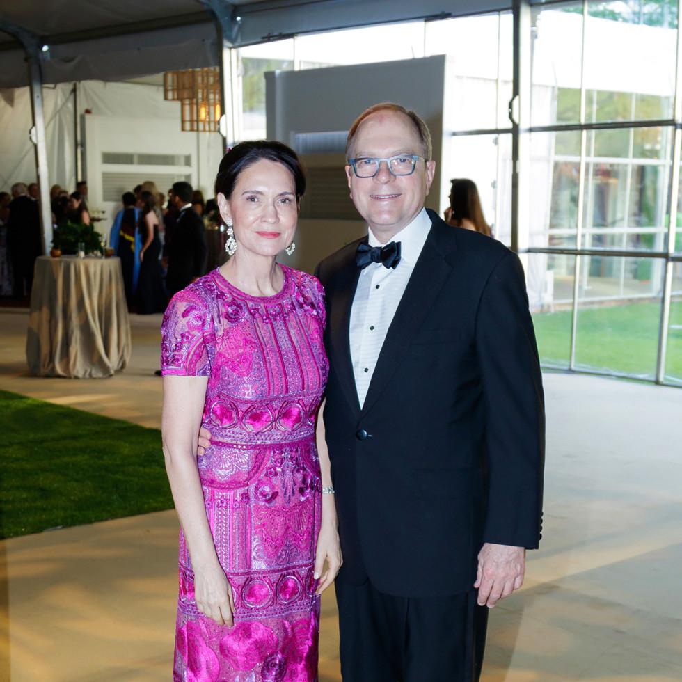 Angelia Venker, Greg Venker