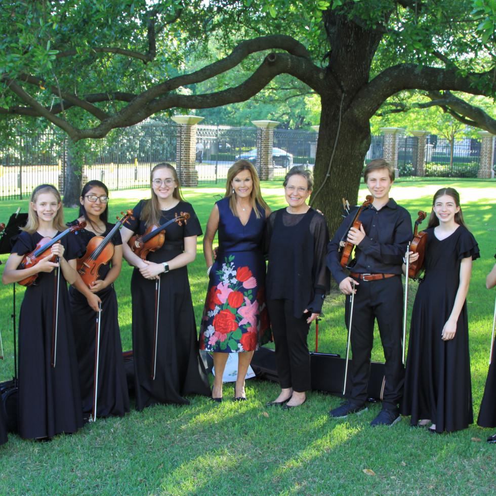 3 Lisa Loy Laughlin with Suzuki Strings of Dallas