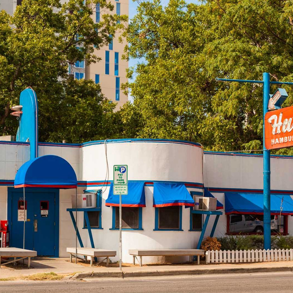 Hut's Hamburgers West Sixth original location