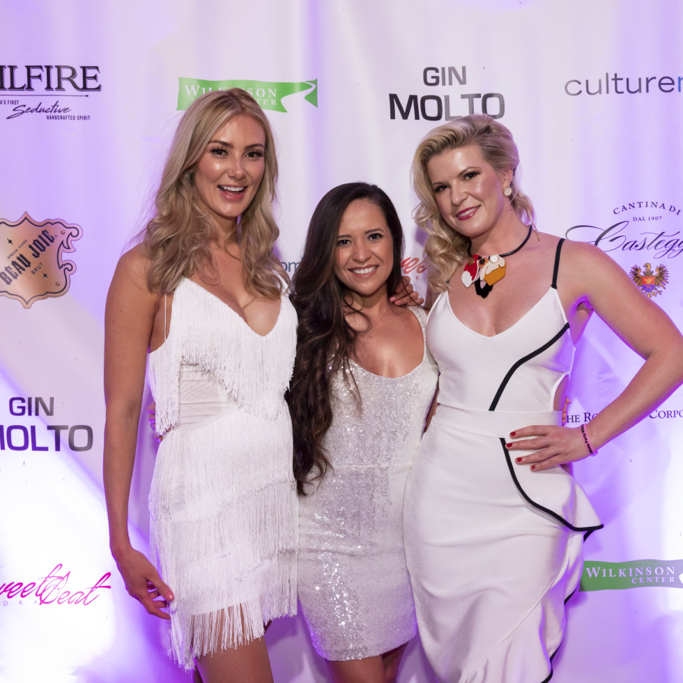 Naomi Wright, Summer Rodriguez, Carrie Crutchfield
