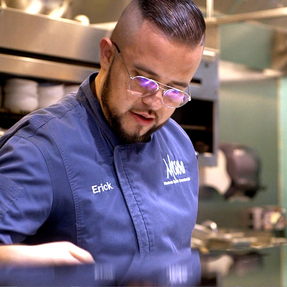 Mesero Inwood Village executive chef Erick Barrera