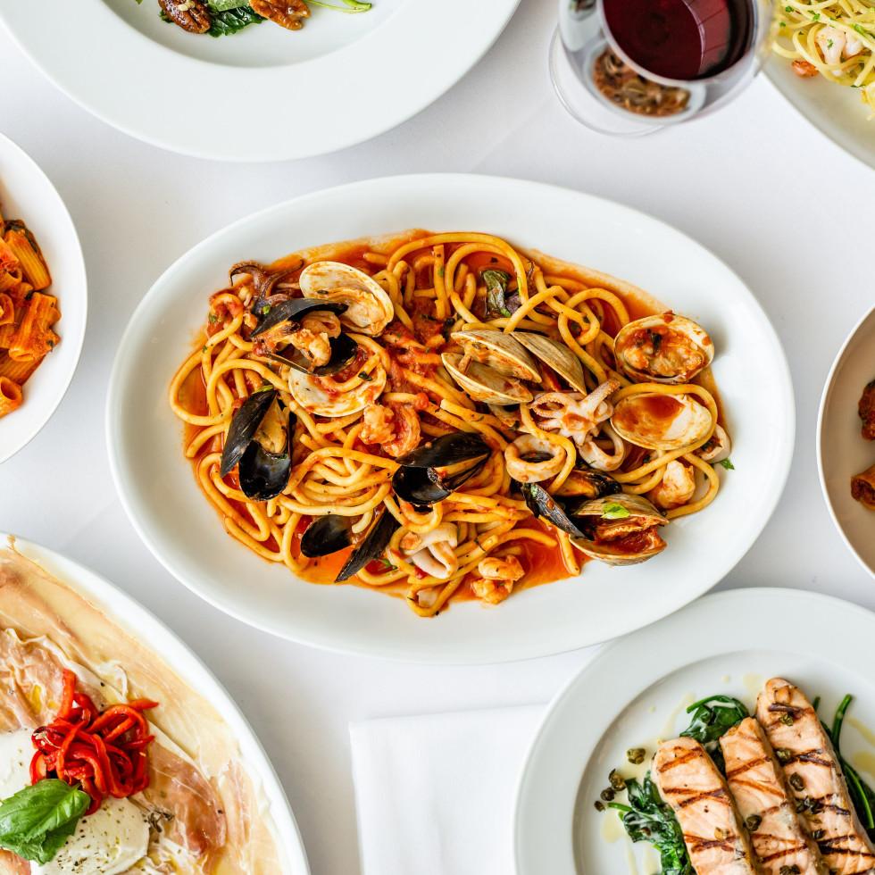 BB Italia mixed food shot