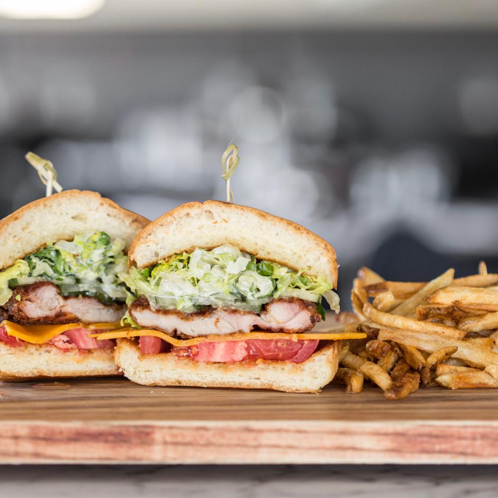 Relish restaurant crispy chicken sandwich