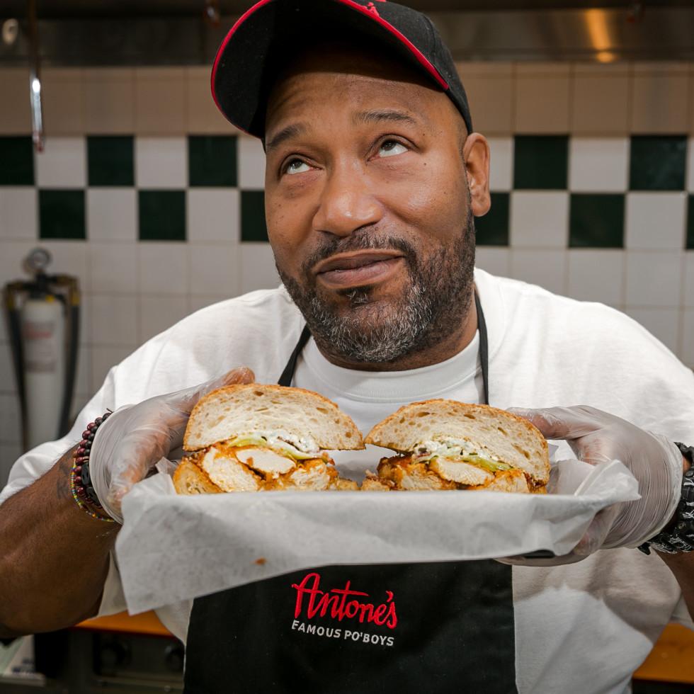 Antone's Bun B Hot Wang sandwich