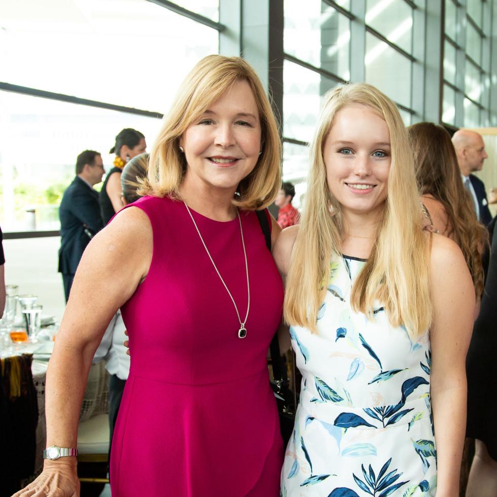 Jill Winspear, Julie Winspear