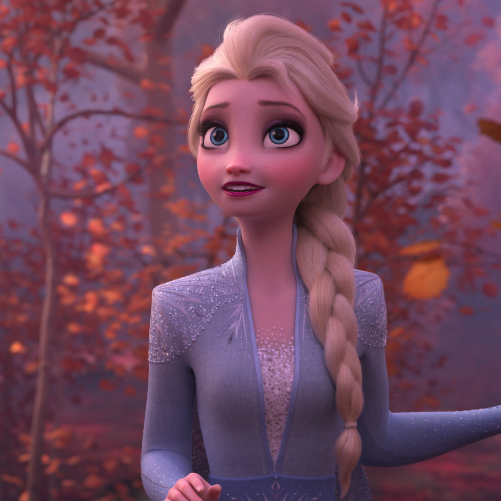 Elsa (Idina Menzel) in Frozen II