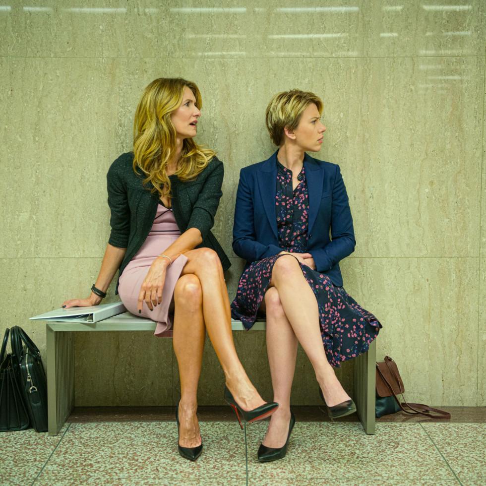 Laura Dern and Scarlett Johansson in Marriage Story