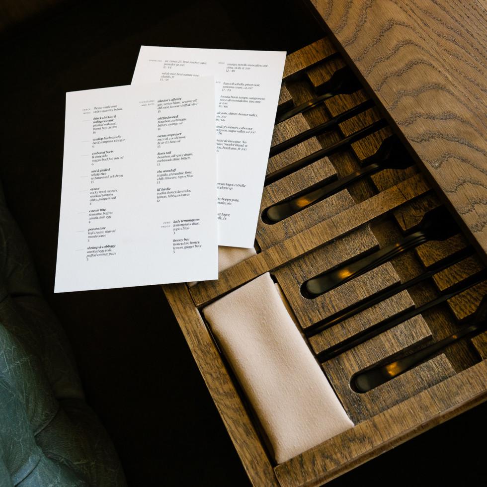 hestia dining room table