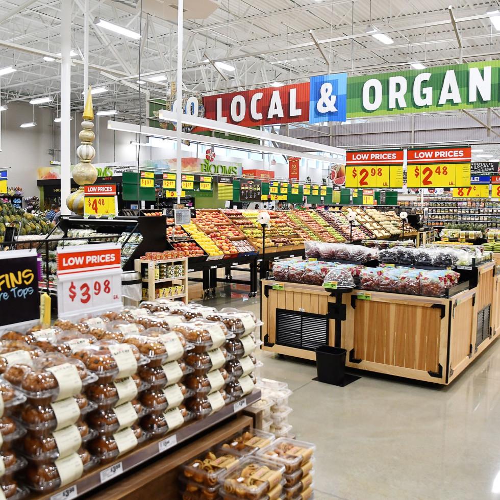 H-E-B MacGregor Market