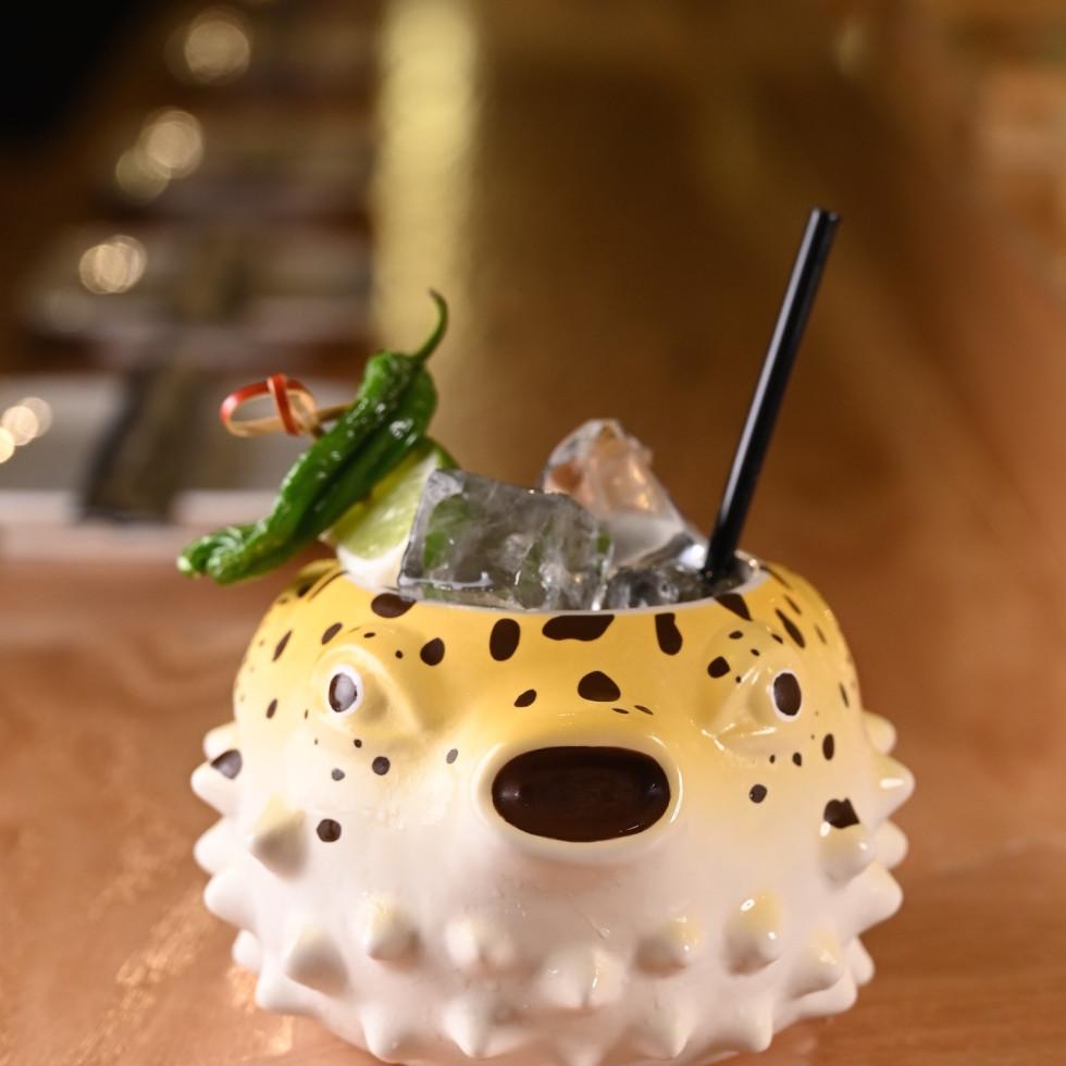 Hando sweet gin music cocktail