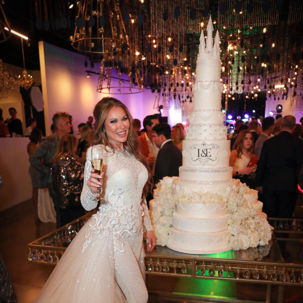 LeeAnne Locken wedding champagne cake