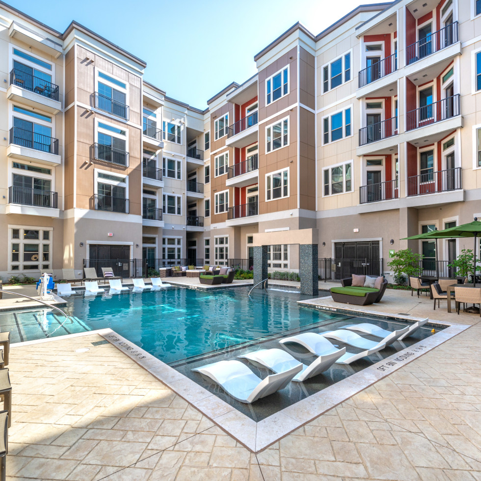 Waterford Market Frisco apartments