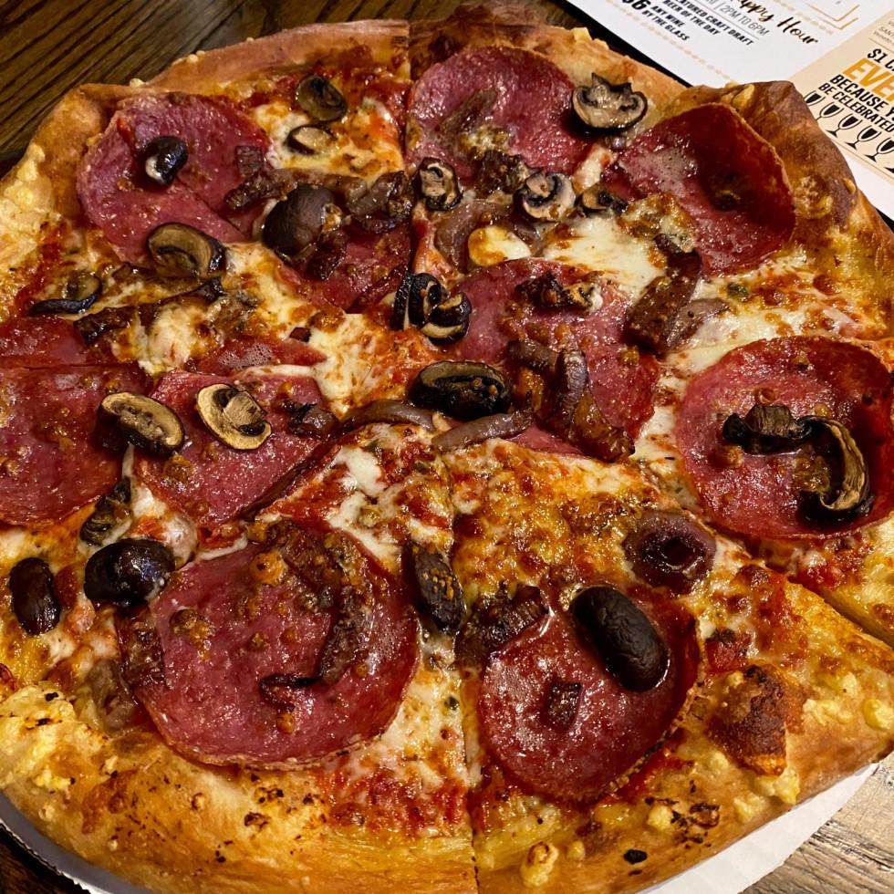 Underground Food Hall Crisp pizza