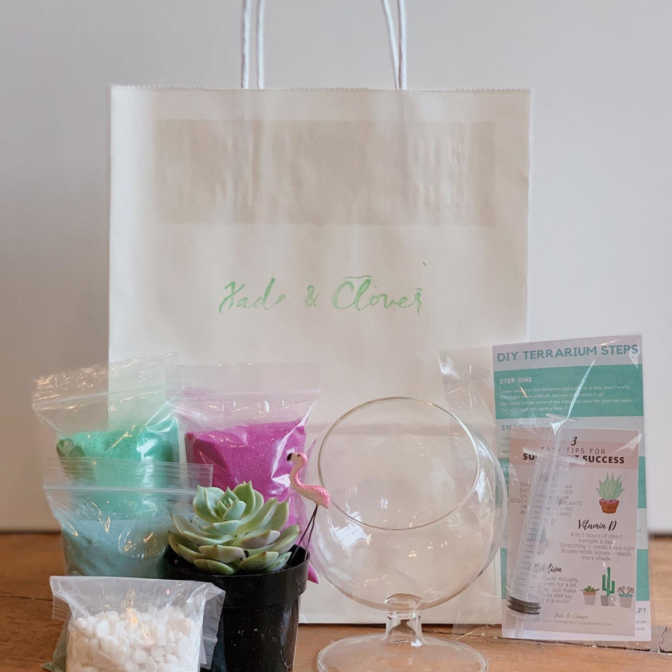 Jade & Clover gift bag